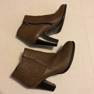 Aquatalia Brown Leather ZIP-Up Ankle Boots SZ 8